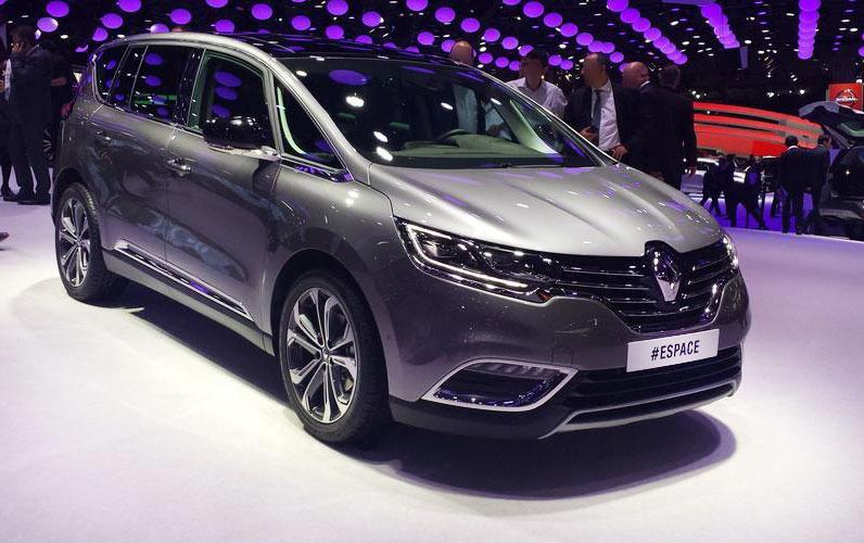 Renault espace 2015 premi res photos mondialauto legipermis for Renault espace v interieur